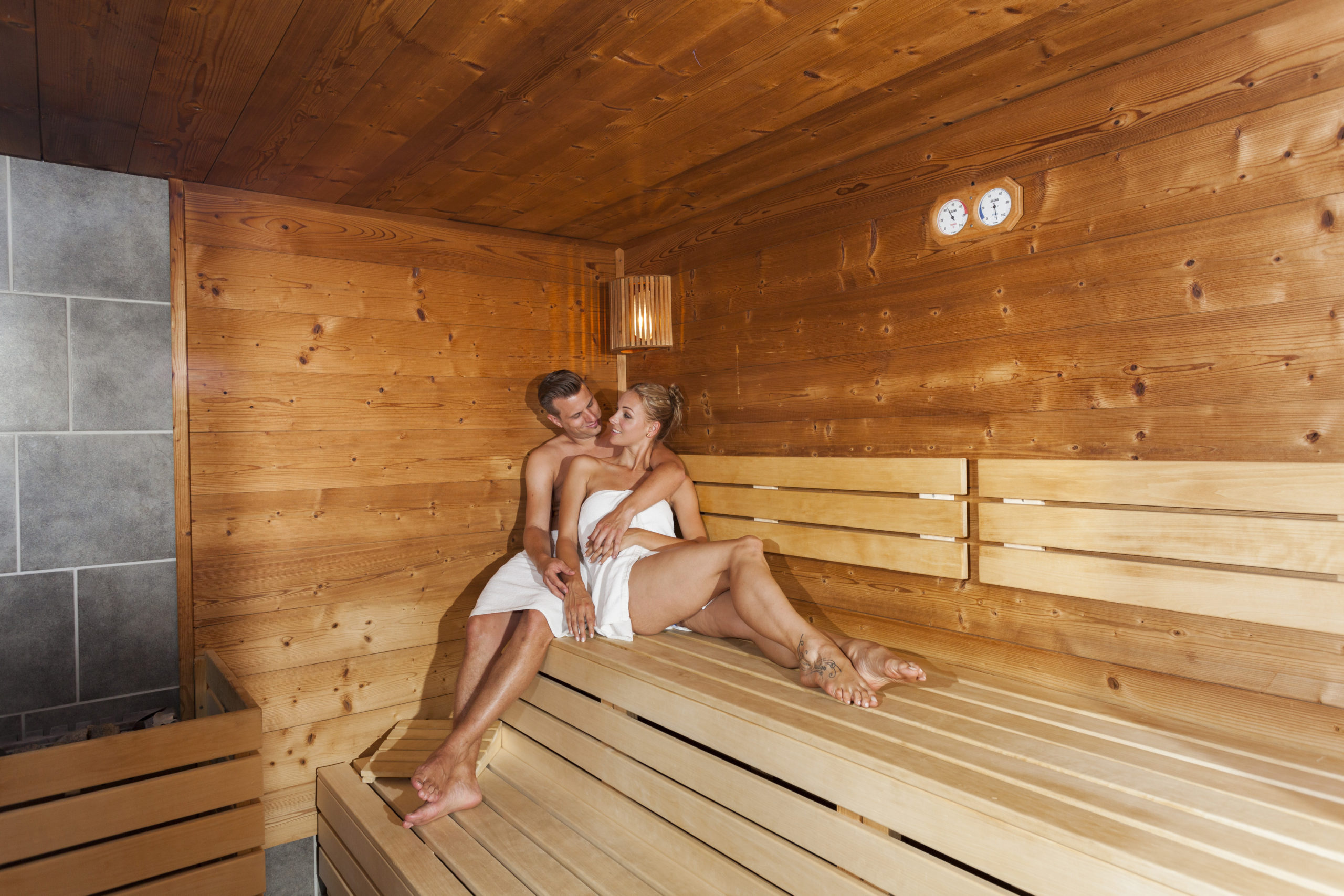 Bio-Sauna und Blockhaus-Sauna