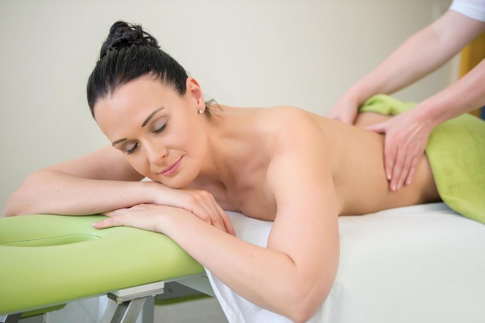 Wohltuende Massagen in der Joglland Oase