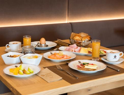 Frühstück in Wenigzell, Joglland